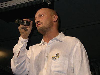 Бекмамбетов отказался от Куценко