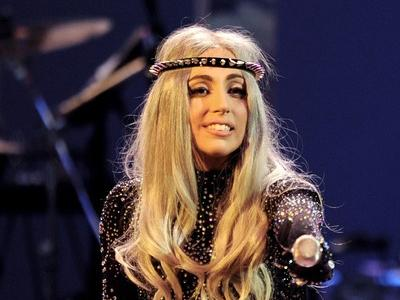 "Lady Gaga стала ""миллиардером"" на Youtube"