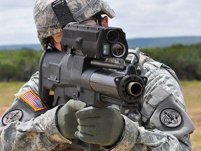"""На вооружение армии США в Афганистане поступают """"умные"""" гранатометы"""