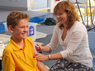 Перед вакцинацией ребенок должен быть здоров.