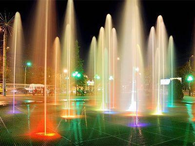 http://pda.donbass.ua/multimedia/images/news/original/2011/09/02/fountain.jpg