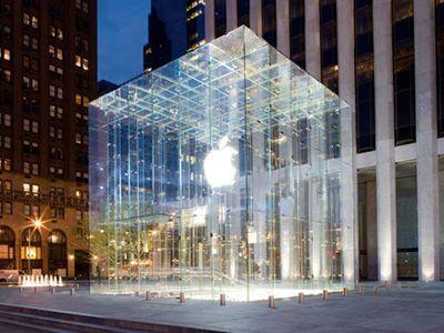 Apple готовит ультратонкий ноутбук с 15-дюймовым дисплеем?