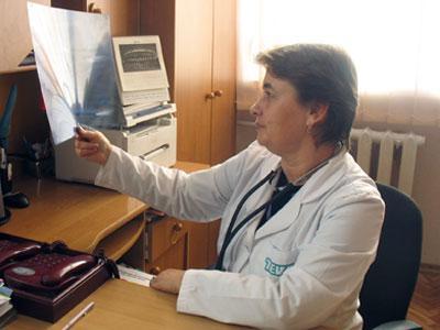 Заведующая пульмонологическим отделением донецкой горбольницы №23 Наталья Ткачук предупреждает, что ХОЗЛ в 95% случаев вызывает курение.