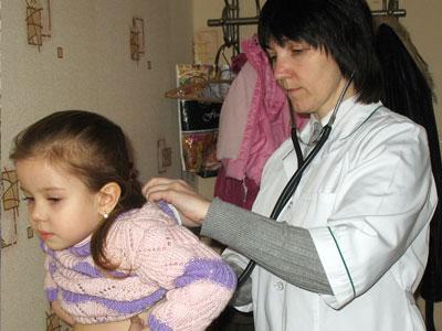 Сироп корня солодки, который, в частности, посоветовала давать Насте педиатр-иммунолог Наталья Федорова, хорошо поддержит иммунитет девочки.
