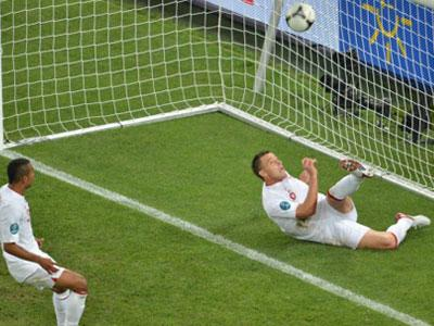 Коллина признал ошибку арбитра в матче Украина-Англия (ВИДЕО)