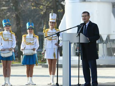 Вице-премьер Александр Вилкул во время церемонии открытия супер-парка.