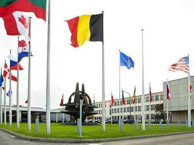 НАТО в очередной раз опровергает заявления России об отводе войск