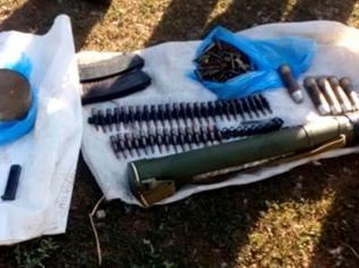 Под Мариуполем обнаружен тайник с оружием боевиков
