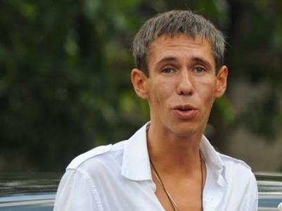 Алексея Панина после очередной выписки из больницы снова тянет на Донбасс
