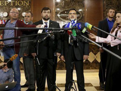 Представители сепаратистов на переговорах Пушилин и Дейнего фактически сорвали мирный процесс.