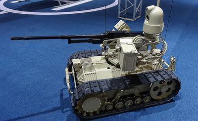 """В Китае разработали """"роботов-спецназовцев"""""""