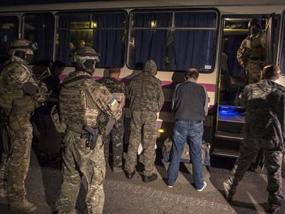 В ООН требуют срочно до Нового года обменять всех заложников на Донбассе