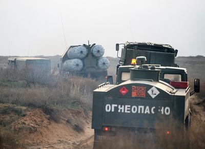 В России загорелся военный склад с ракетами