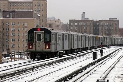 Крушение поезда в Нью-Йорке: названа причина