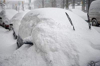 Украина в снежном плену: что происходит на дорогах страны