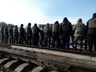 Политолог назвал реальные цели блокады Донбасса