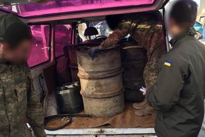В Тернополе военнослужащие воровали топливо из воинской части
