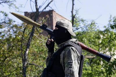Боевики обстреливают украинских военных из минометов и РПГ, ранены двое бойцов АТО