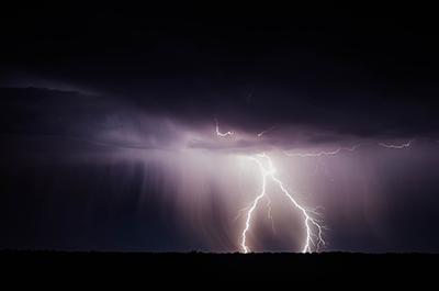 Синоптики обещают бури по всей Украине
