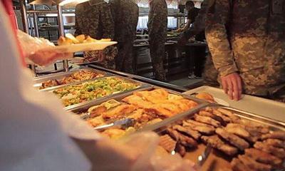 Украинцам рассказали, чем кормят солдат НАТО
