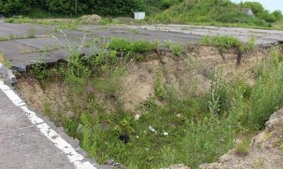 Евросоюз подозревает Украину в крупных растратах: на пропускном пункте вырыли яму за 3 миллиона евро