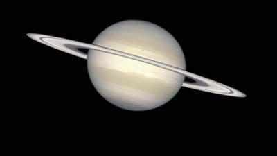 Ученые нашли следы жизни в спектре Сатурна