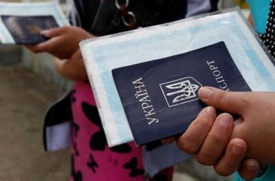 Невероятно: в Украине подсчитали число переселенцев
