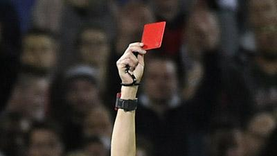В Мексике футболист убил арбитра за красную карточку