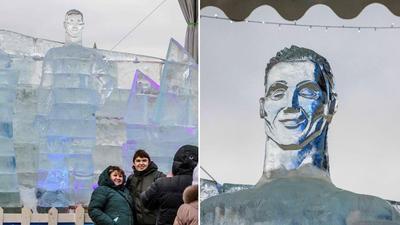 В Москве сделали ледяного Роналду