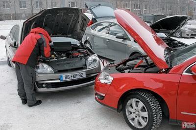 Машины разогревать зимой опасно — эксперт