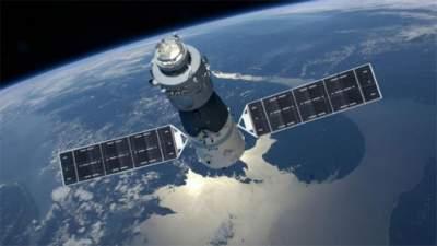 Вышла из-под контроля: на Землю рухнет токсичная космическая станция