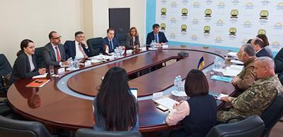 Канада готова помочь усовершенствовать КПВВ на Донбассе