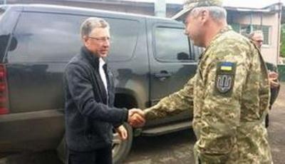 Волкер встретился с Наевым на Донбассе и обсудил вопрос безопасности