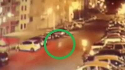 Уличная камера сняла привидение на парковке