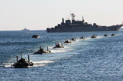 Путин стянул в Черное море угрожающее количество кораблей