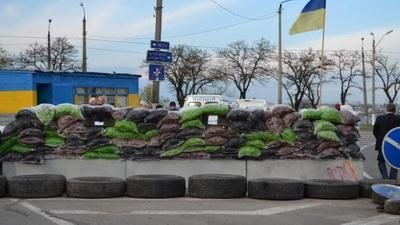 Гигантские очереди в Еленовке: пенсионера парализовало в машине