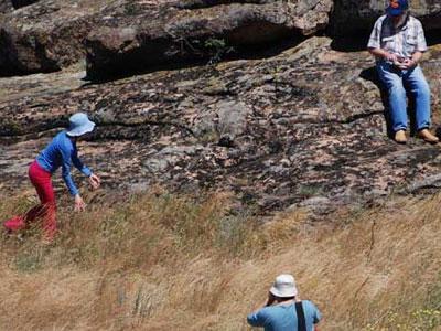 Каменные Могилы: вот так же здесь бродил народ несколько сот тысяч лет назад!