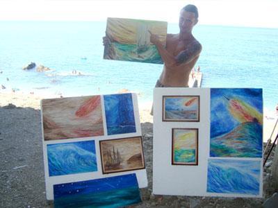 Андрей Водяной и его работы. В руках художника - «Спасение инопланетянами».